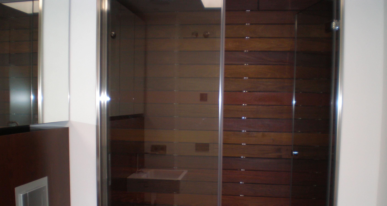 Madera para exterior muebles refritos for Ducha madera